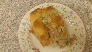 Homemade chicken bacon & mushroom pie - deanysdesigns.co.uk