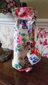 handmade bottle gift bag ~ deanysdesigns.co.uk