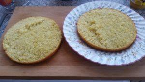 homemade lemon & blueberry cheesecake cake - deanysdesigns.co.uk20160514_165843