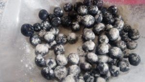 Homemade Blueberry & lemon buttermilk cake - deanysdesigns.co.uk