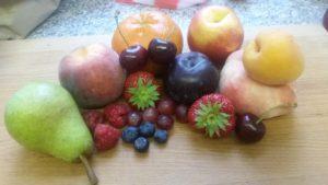 Homemade tutti fruity trifle - deanysdesigns.co.uk
