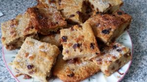 homemade bread pudding - deanysdesigns.co.uk