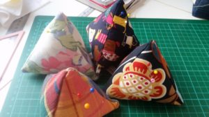 Handmade easy pin cushion - deanysdesigns.co.uk
