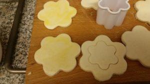 homemade fresh cream blackberry puffs - deanysdesigns.co.uk
