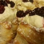 homemade fresh cream blackberry puffs-deanysdesigns.co.uk